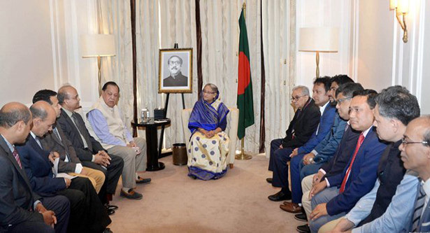 Prime Minister Sheikh Hasina with leaders of Awami League from different countries across Europe on Sunday. Photo: PMO