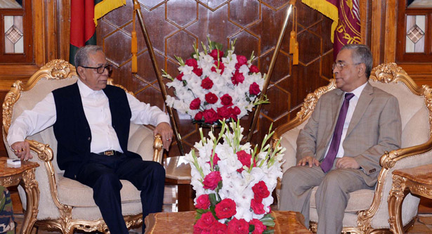 Chief Justice meets with the President