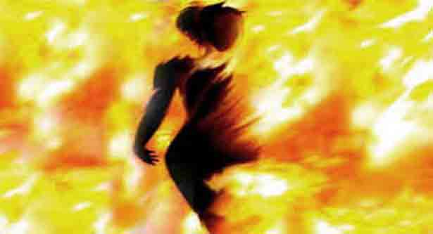 Housewife burnt to death in Faridpur