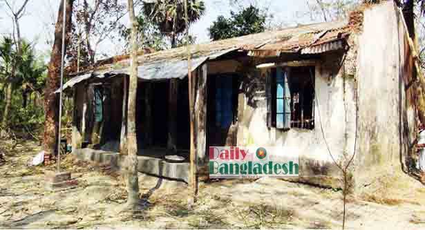 Buildings of 123 school at risk in Jhalokati