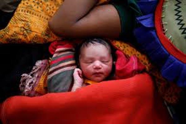 Childbirth 'epidemic' in Rohigya camp