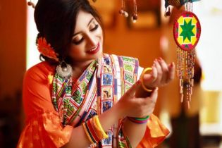 Fits ornaments in Baisakhi get up