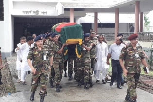 Ershad's body at army central mosque