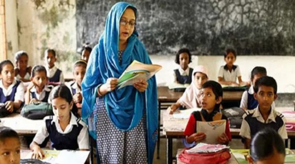 Govt for changing primary schools teaching system