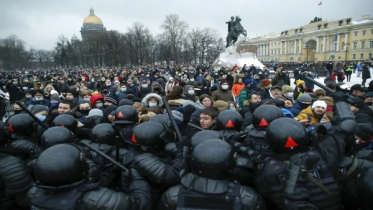 Russia arrests over 3000 amid unprecedented pro-Navalny protests