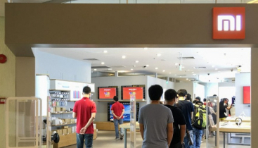 Indians stockout Chinese brand new phones in 50 seconds