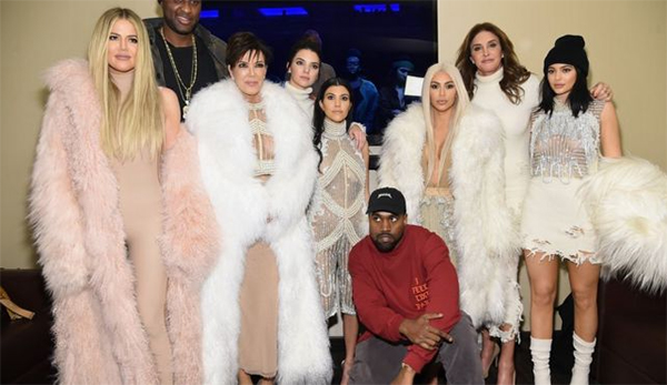 From left to right: Khloe, Lamar Odom, Kris, Kendall, Kourtney, Kanye, Kim, Caitlin and Kylie. Photo: Collected