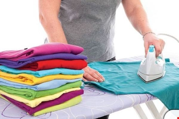 Clothes ironing; Photo: Collected