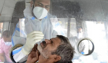 India records 562 more COVID-19 deaths