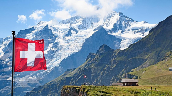 Swiss Alps; Photo: Collected