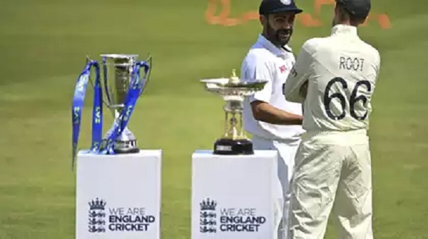 England opt to bat against India